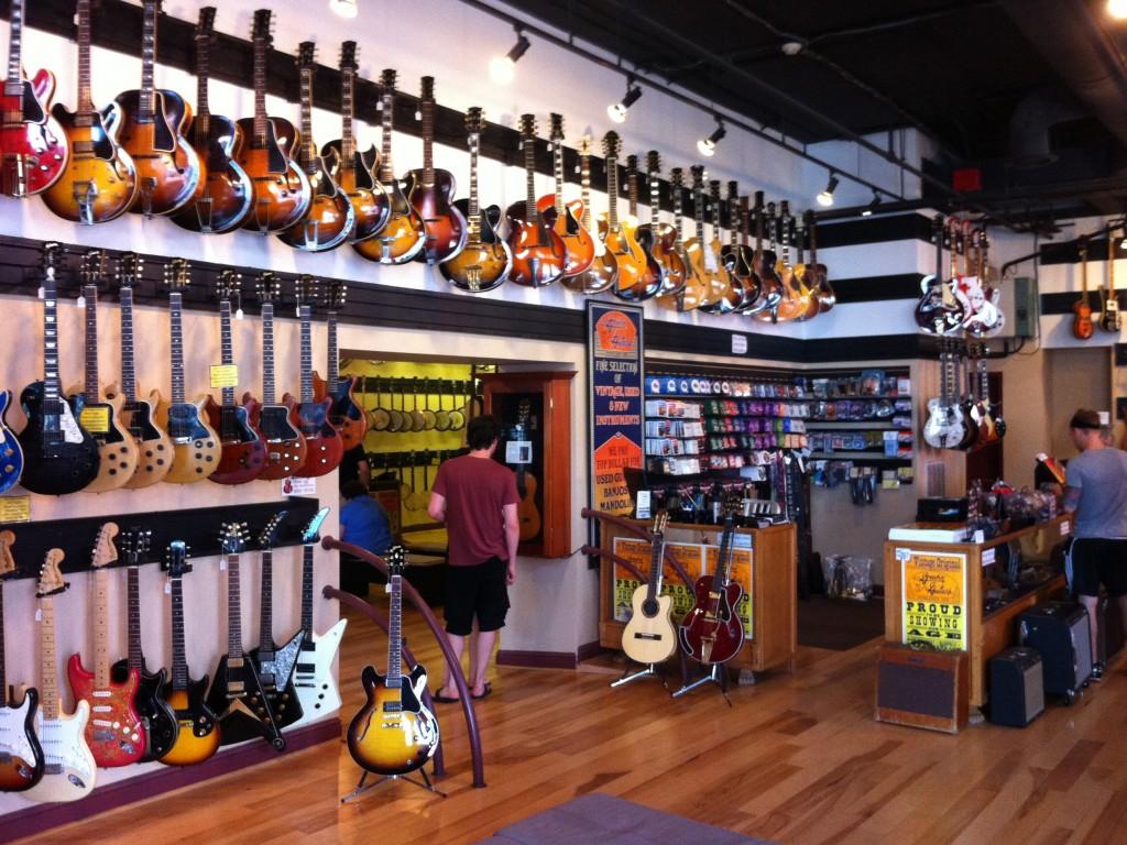 vintage guitar center Nashville